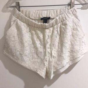 NWOT Forever 21 white shorts